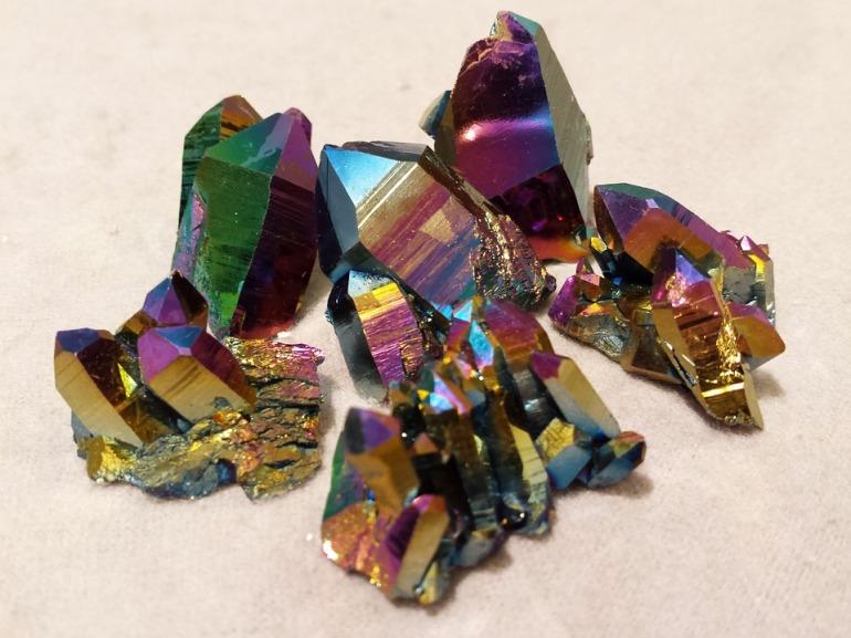 rainbow-quartz-1435111_960_720